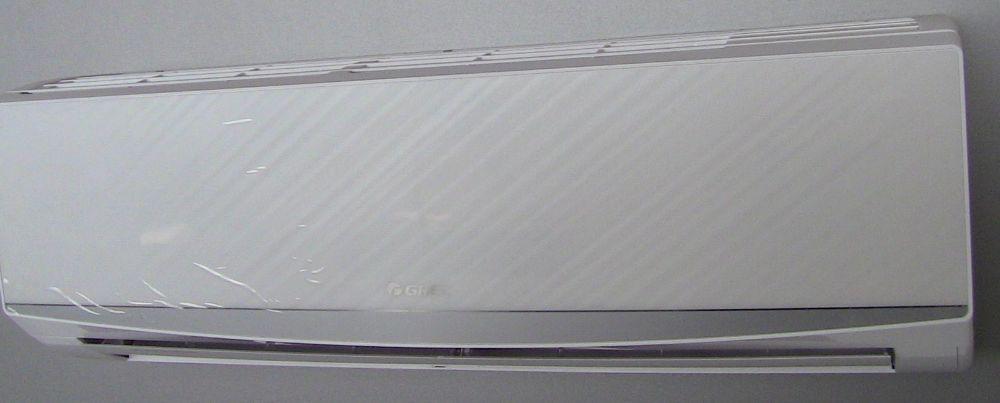 Зображення кондиціонера Gree GWH12QC-K6DND2D White серії LOMO для офісу площею до 35 м2